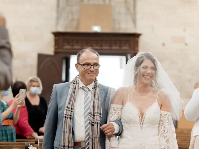 Le mariage de Romain et Alissa à Villeneuve-les-Avignon, Gard 12
