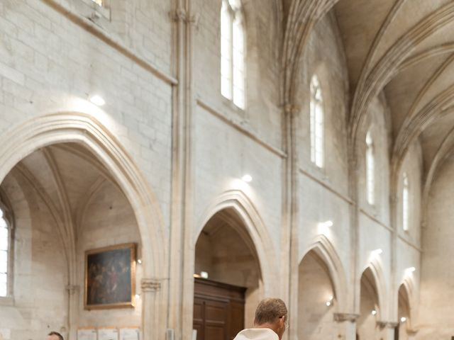 Le mariage de Romain et Alissa à Villeneuve-les-Avignon, Gard 14