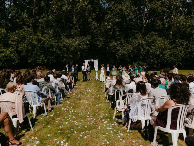 Le mariage de Victor et Marion à Conteville, Calvados 23