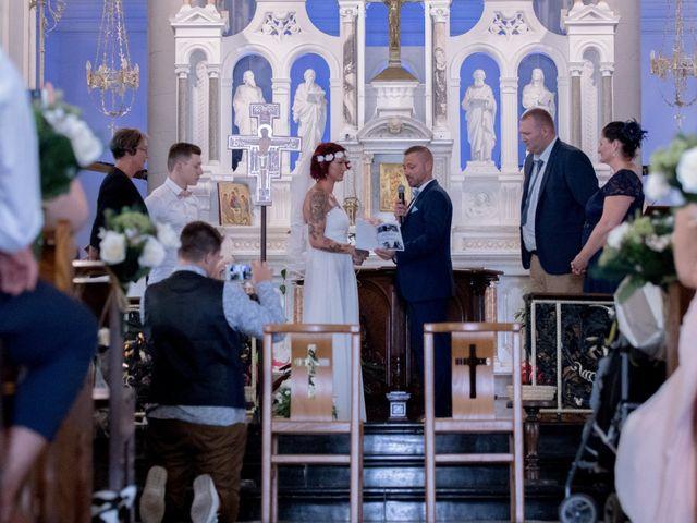 Le mariage de Cédric et Célia à Hergnies, Nord 11