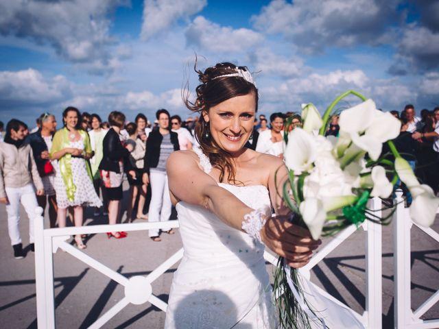 Le mariage de Sylvain et Lyse à Saint-Pierre-d'Oléron, Charente Maritime 96