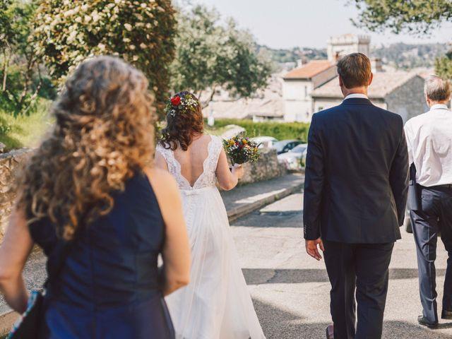 Le mariage de Nicolas et Célia à Villeneuve-les-Avignon, Gard 22