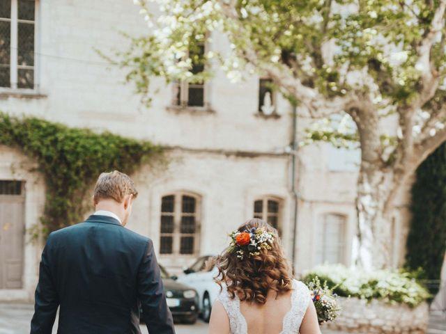 Le mariage de Nicolas et Célia à Villeneuve-les-Avignon, Gard 24