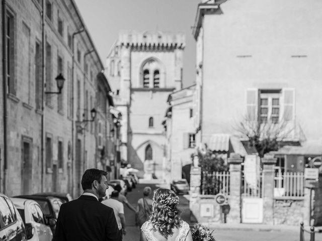 Le mariage de Nicolas et Célia à Villeneuve-les-Avignon, Gard 25