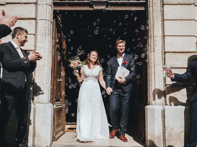 Le mariage de Nicolas et Célia à Villeneuve-les-Avignon, Gard 46