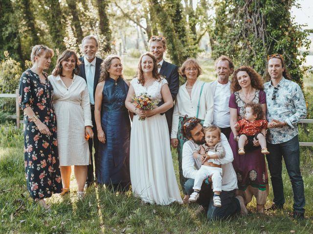 Le mariage de Nicolas et Célia à Villeneuve-les-Avignon, Gard 132