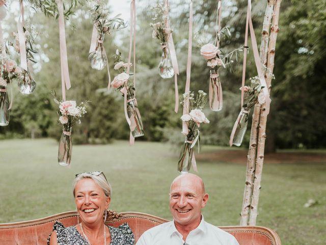 Le mariage de Matthieu et Aurore à Savigny, Rhône 59