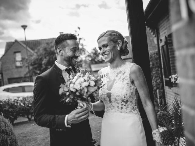 Le mariage de Christophe et Cindy à Le Maisnil, Nord 10