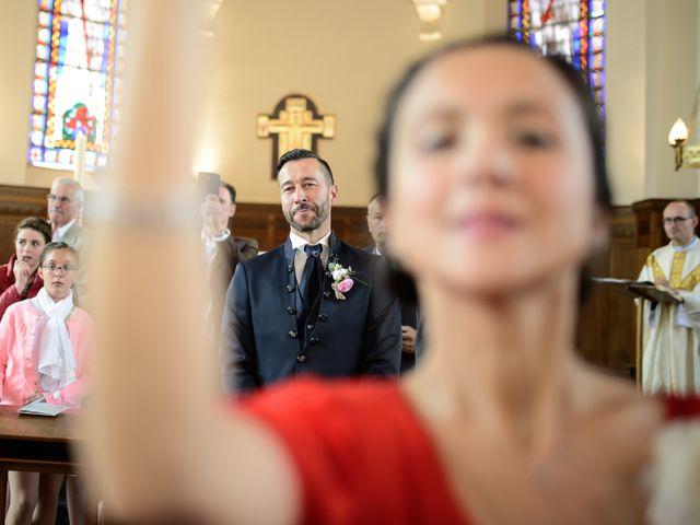 Le mariage de Christophe et Cindy à Le Maisnil, Nord 12