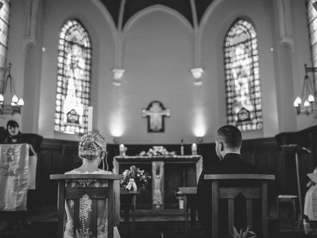 Le mariage de Christophe et Cindy à Le Maisnil, Nord 16