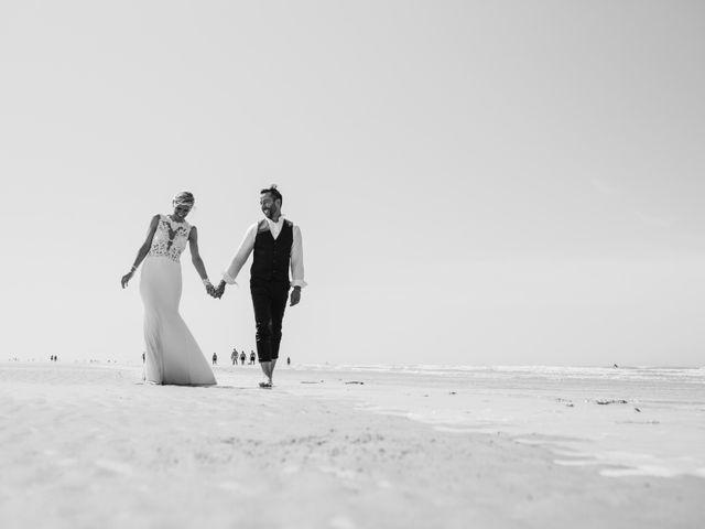 Le mariage de Christophe et Cindy à Le Maisnil, Nord 56