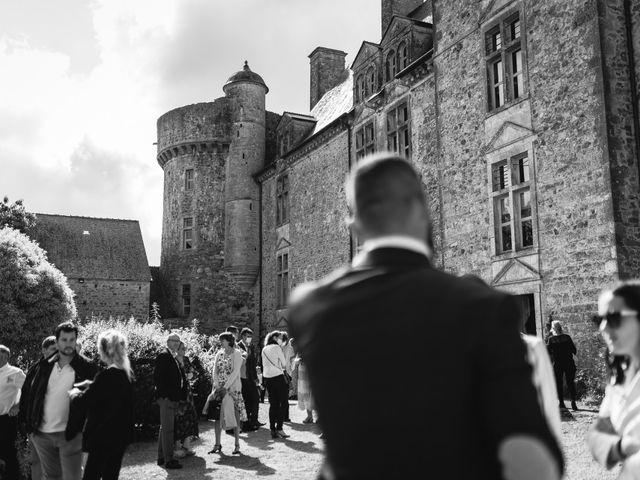 Le mariage de Élodie et Pierre à Crosville-sur-Douve, Manche 6