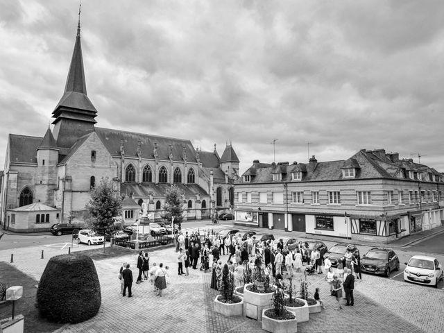 Le mariage de Pierre et Morgane à Neufchâtel-en-Bray, Seine-Maritime 24