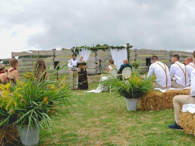 Le mariage de Pierre et Morgane à Neufchâtel-en-Bray, Seine-Maritime 29