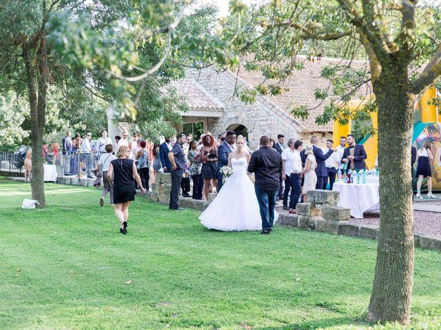 Le mariage de Mathieu et Corinne à Bellegarde, Gard 11
