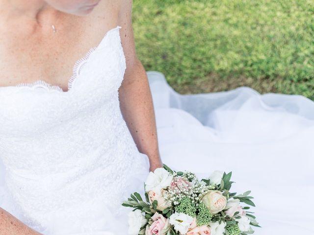 Le mariage de Mathieu et Corinne à Bellegarde, Gard 17