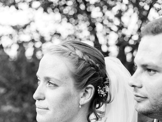 Le mariage de Mathieu et Corinne à Bellegarde, Gard 18