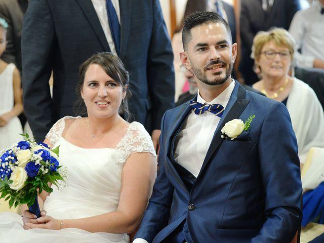 Le mariage de Julien et Charlotte à Appoigny, Yonne 4