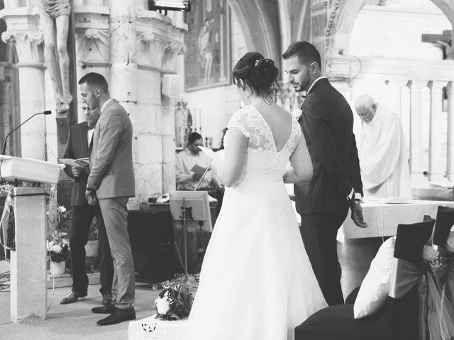 Le mariage de Julien et Charlotte à Appoigny, Yonne 1
