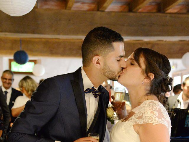 Le mariage de Julien et Charlotte à Appoigny, Yonne 38