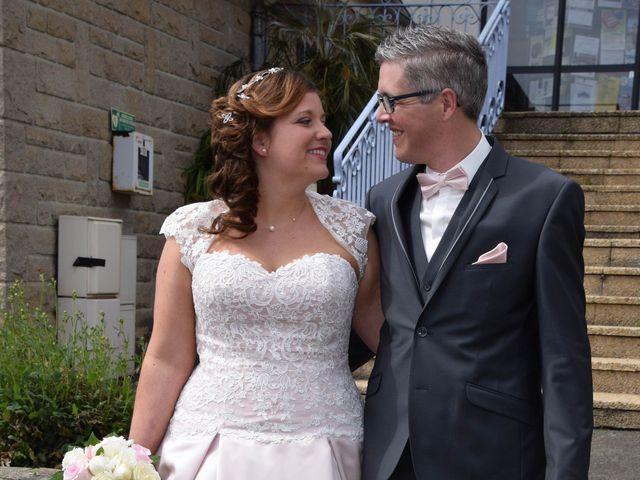 Le mariage de Romain et Coralie à Créhen, Côtes d'Armor 22