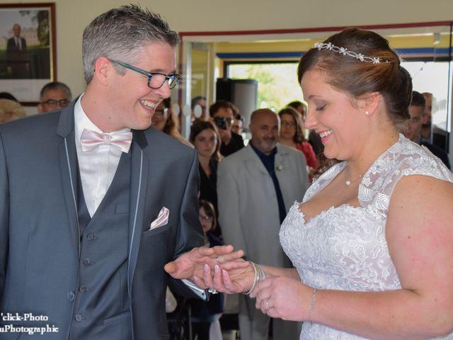Le mariage de Romain et Coralie à Créhen, Côtes d'Armor 1