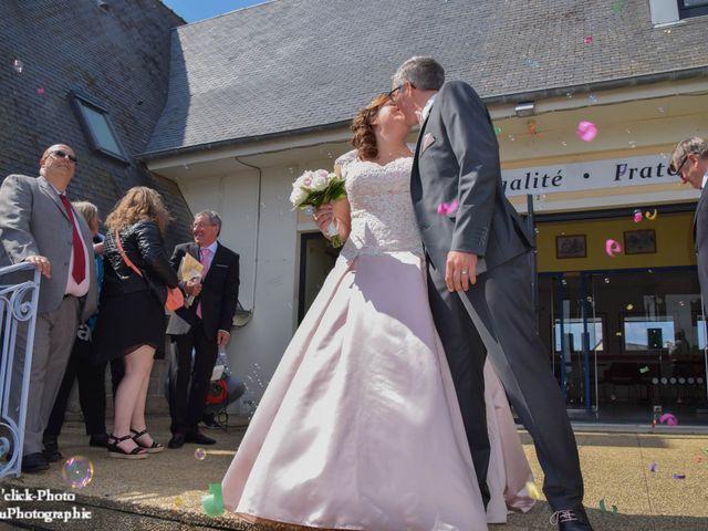 Le mariage de Romain et Coralie à Créhen, Côtes d'Armor 29