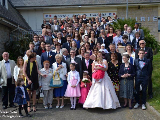 Le mariage de Romain et Coralie à Créhen, Côtes d'Armor 41