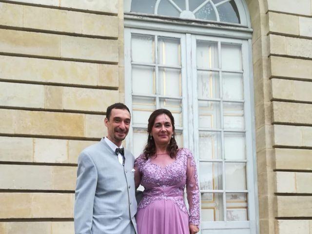 Le mariage de Christophe et Maria-Cristina à Bordeaux, Gironde 3