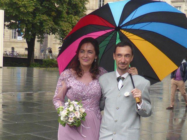 Le mariage de Christophe et Maria-Cristina à Bordeaux, Gironde 6
