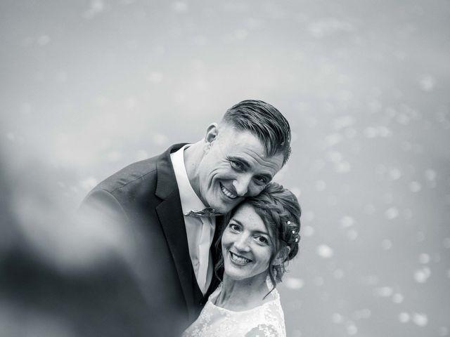 Le mariage de Nicolas et Julie à Saint-Médard-en-Jalles, Gironde 13