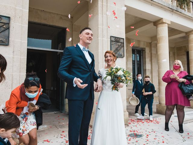 Le mariage de Nicolas et Julie à Saint-Médard-en-Jalles, Gironde 33