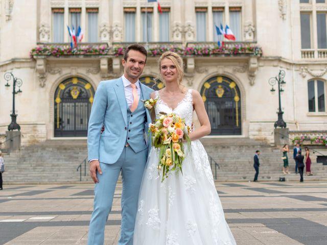 Le mariage de Jérémy et Aurélie à Vichy, Allier 32