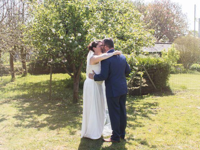 Le mariage de Robin et Marine à Le Mesnil, Manche 21