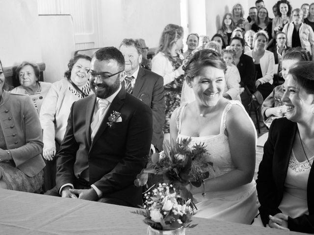 Le mariage de Robin et Marine à Le Mesnil, Manche 22