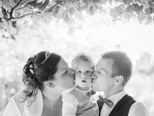 Le mariage de Benjamin et Emilie à Le Pallet, Loire Atlantique 44