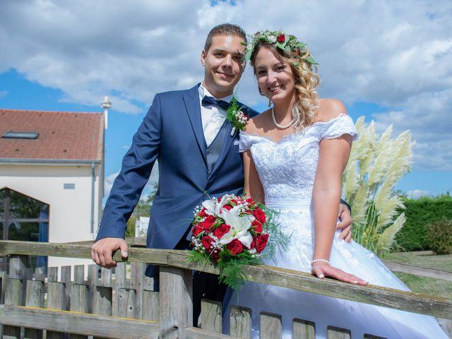 Le mariage de Marine et Valentin à Giffaumont-Champaubert, Marne 6