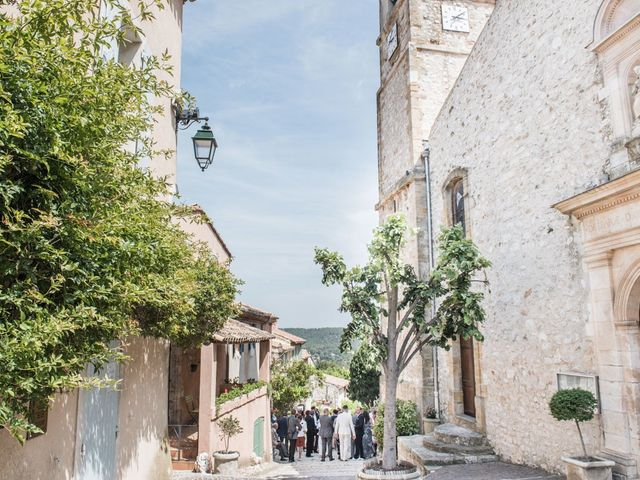 Le mariage de Benjamin et Caroline à Ventabren, Bouches-du-Rhône 2