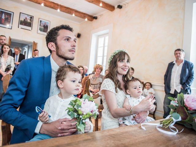 Le mariage de Benjamin et Caroline à Ventabren, Bouches-du-Rhône 5
