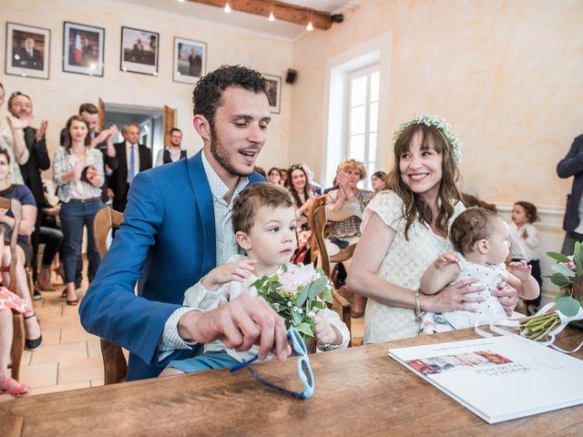 Le mariage de Benjamin et Caroline à Ventabren, Bouches-du-Rhône 8
