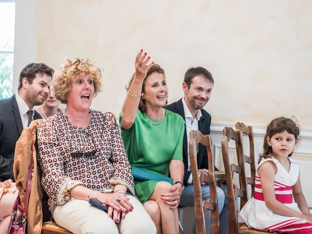 Le mariage de Benjamin et Caroline à Ventabren, Bouches-du-Rhône 10