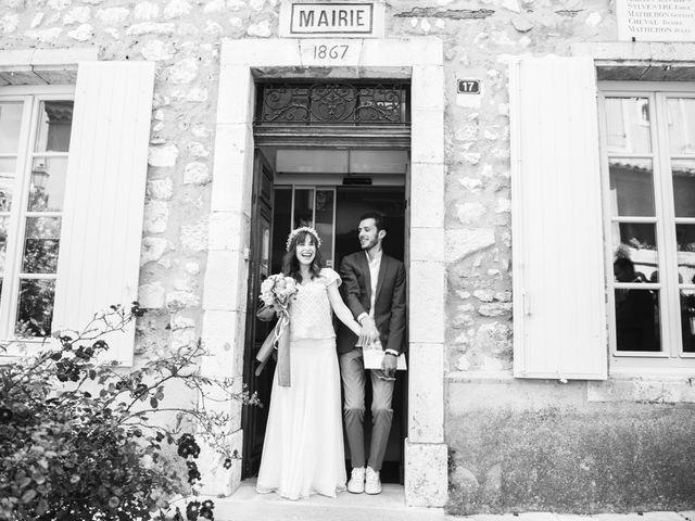 Le mariage de Benjamin et Caroline à Ventabren, Bouches-du-Rhône 13