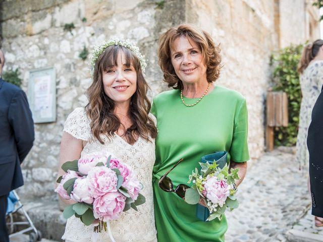 Le mariage de Benjamin et Caroline à Ventabren, Bouches-du-Rhône 19