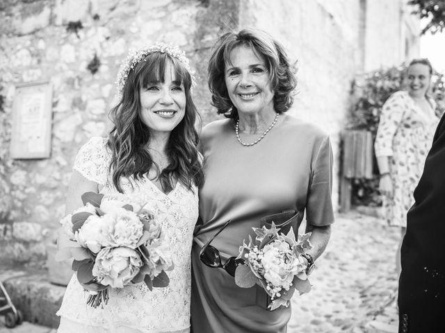 Le mariage de Benjamin et Caroline à Ventabren, Bouches-du-Rhône 20