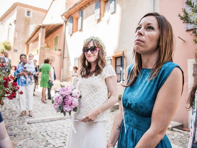 Le mariage de Benjamin et Caroline à Ventabren, Bouches-du-Rhône 29