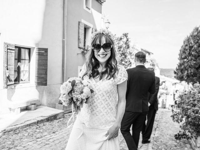 Le mariage de Benjamin et Caroline à Ventabren, Bouches-du-Rhône 31