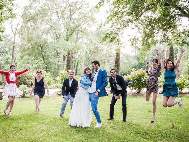 Le mariage de Benjamin et Caroline à Ventabren, Bouches-du-Rhône 132