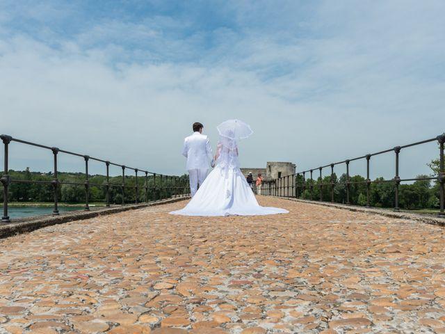 Le mariage de Agnès et Bertrand  à Entraigues-sur-la-Sorgue, Vaucluse 11