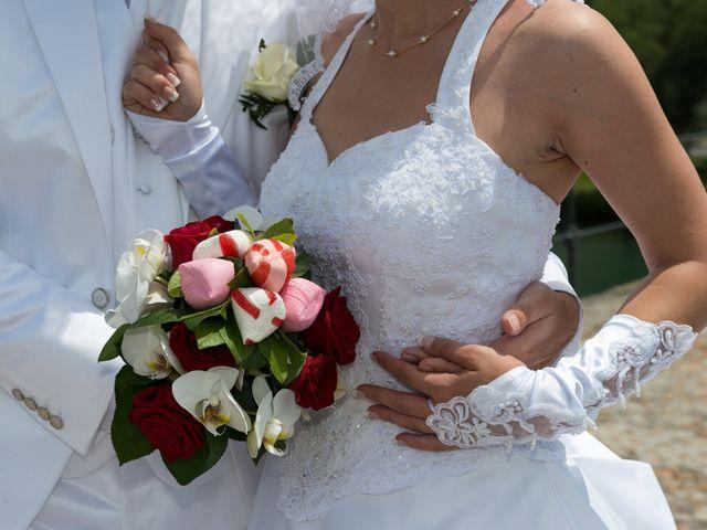 Le mariage de Agnès et Bertrand  à Entraigues-sur-la-Sorgue, Vaucluse 13