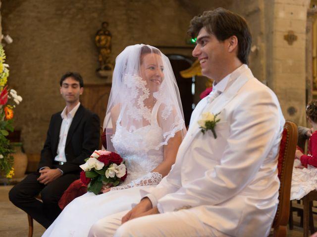 Le mariage de Agnès et Bertrand  à Entraigues-sur-la-Sorgue, Vaucluse 15